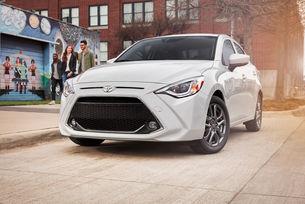 Седанът Toyota Yaris получи леко обновяване