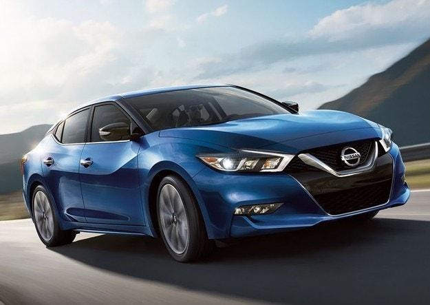 Nissan обяви появата на новите Sentra и Maxima
