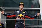 Рикардо излъга Mercedes и Ferrari в Китай