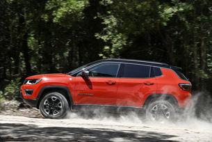 Марката Jeep се представя с най-новия си модел Jeep Compass на Tourist Auto Show Варна