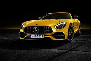 Mercedes-Benz направи AMG GT S Roadster