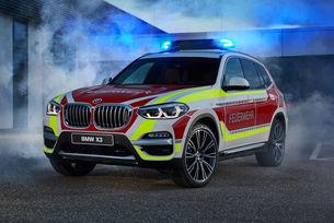 BMW представи пожарна X3 и полицейско MINI