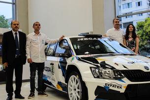 Škoda Fabia R5 атакува титлата в родния рали шампионат