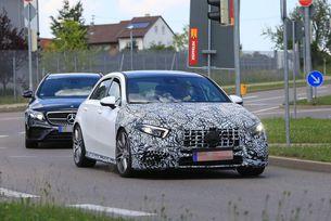 Тестват новия Mercedes-AMG A-класа A45/A50