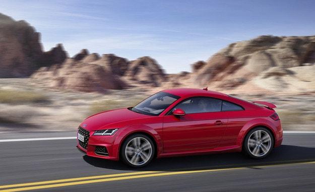 Audi представи обновената фамилия TT