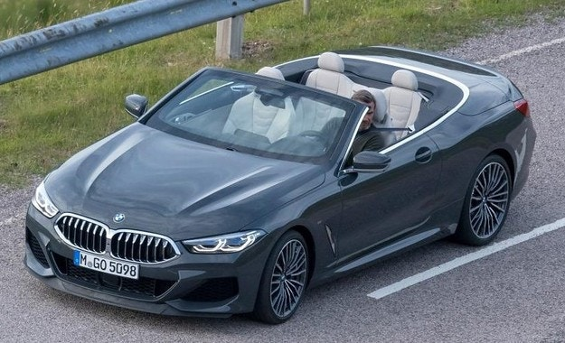 Разсекретиха кабриолета BMW Серия 8
