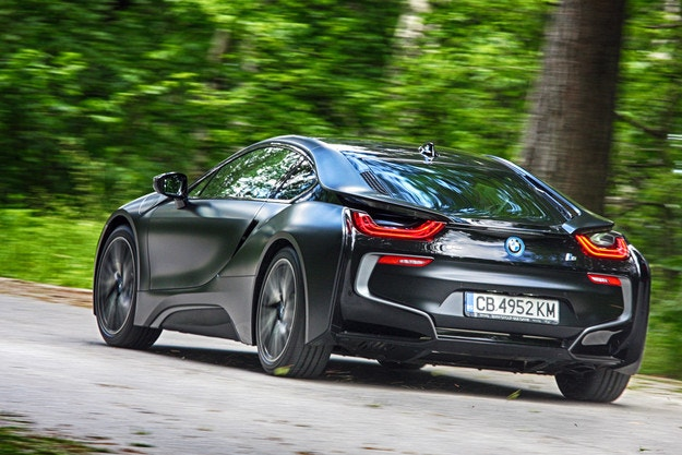 BMW i8 Black Frozen Edition