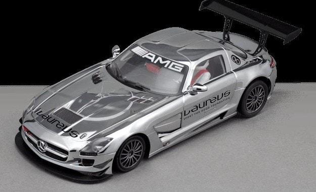 Продават спортния суперавтомобил Mercedes-AMG