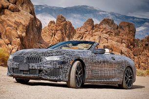 Тестват кабриолета BMW Серия 8 в Долината на смъртта