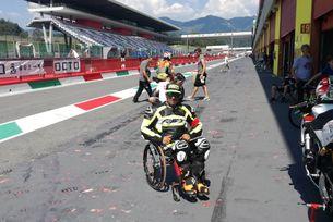 Наш състезател с увреждания отново е на пистата
