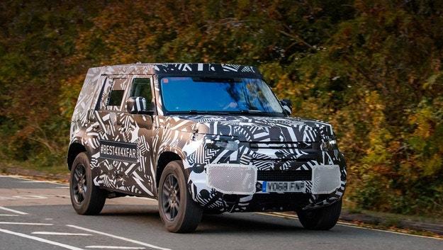За първи път уловиха новия Land Rover Defender