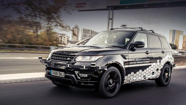 Автономен Range Rover Sport мина тежко изпитание