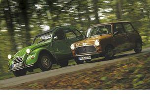 Austin Mini и Citroën 2 CV: Съвсем малки