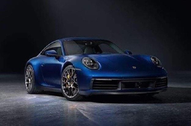 Разсекретиха дизайна на новото Porsche 911