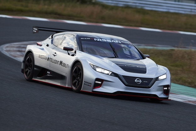 Nissan представя новия LEAF NISMO RC