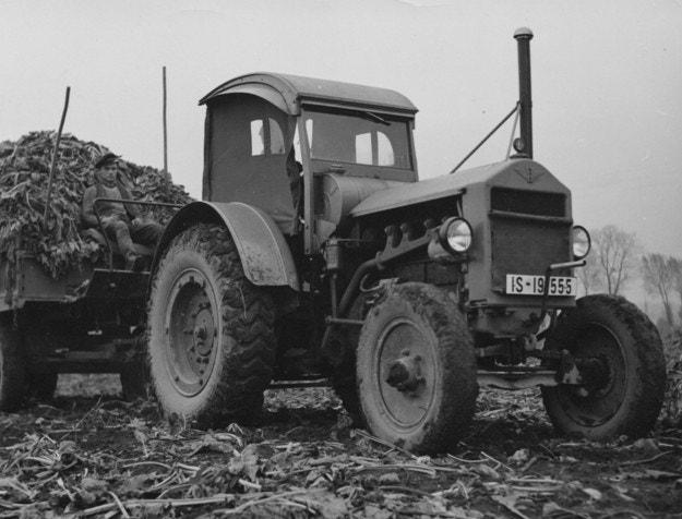 90 години от първата тракторна гума в Европа