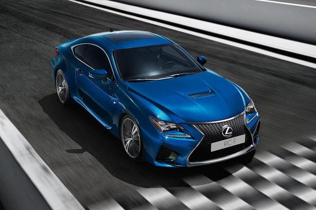 Lexus ще покаже в Детройт екстремно купе RC F