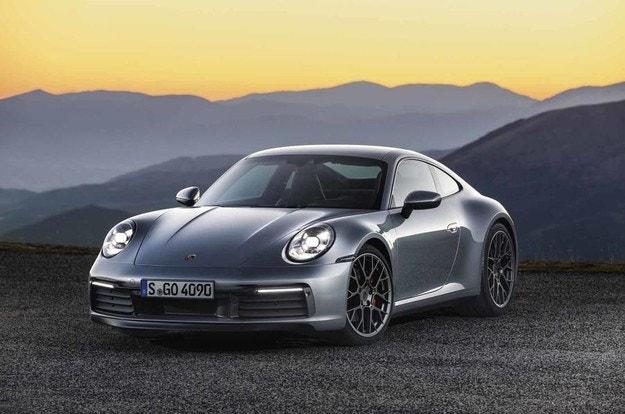 Porsche 911 ще получи хибридно задвижване