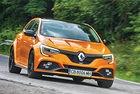 Renault Megane R.S.: Оранжево лято