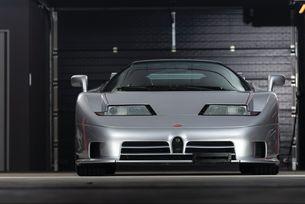Продават Bugatti EB110 с пробег от 996 км