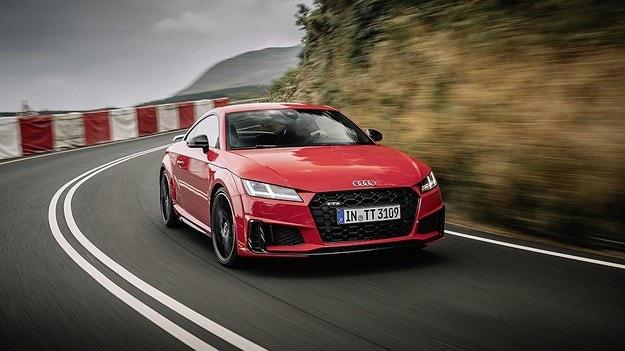 Audi обнови спортния модел TTS