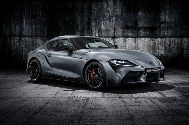 Toyota представи новото купе Supra
