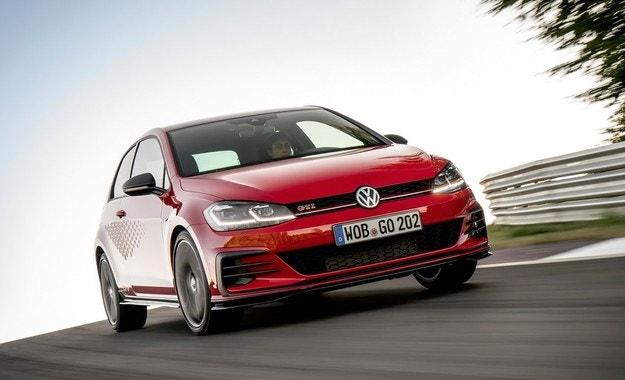 Volkswagen пуска сериен Golf с 290 к.с.