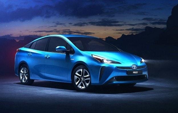 Toyota Prius за Европа получава двойно предаване