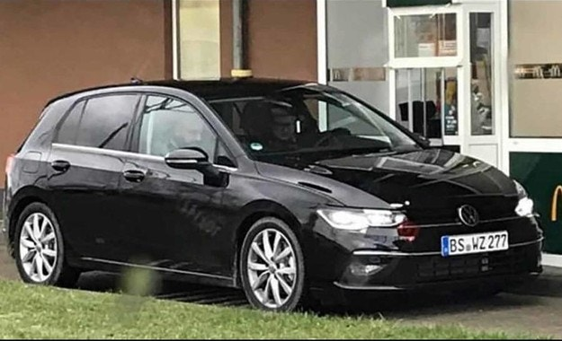 Издебнаха новия Volkswagen Golf без камуфлаж