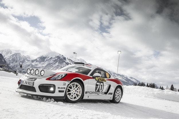 Porsche представи 718 Cayman за рали състезания