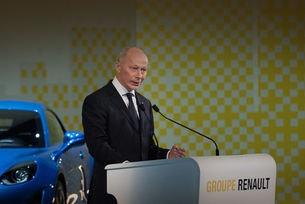 Вместо Карлос Гон двама шефове на Renault