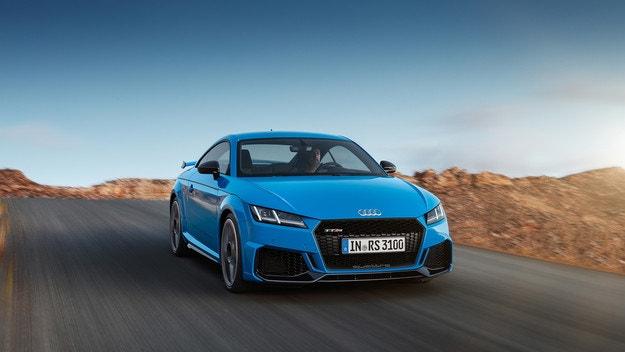 Audi показа обновения спортен TT RS