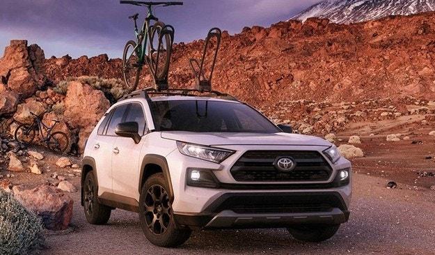 Toyota подготви кросоувъра RAV4 за офроуд