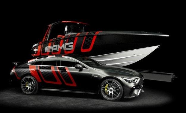 Mercedes-AMG направи супер катер с 1600 к.с.