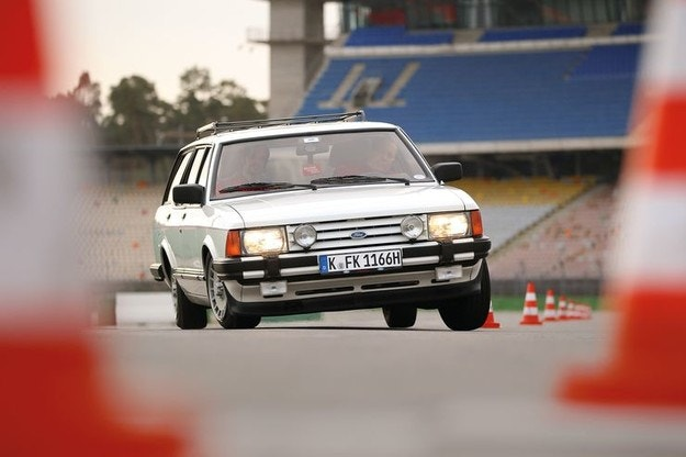 Ветерани на тест: Ford Granada Turnier 2.8 Injection