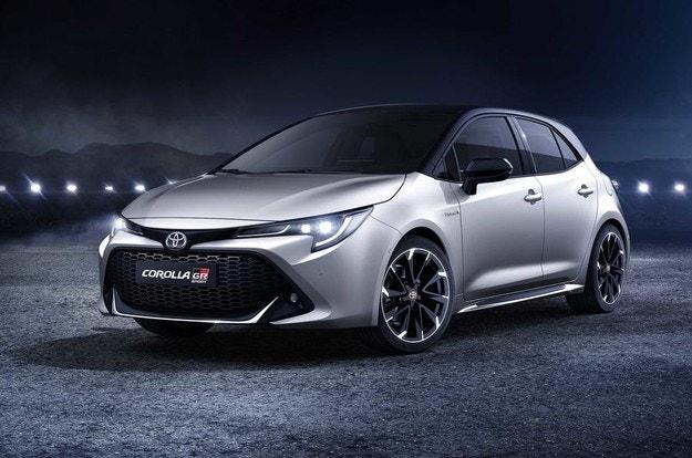 Toyota Corolla със спортна и офроуд версия