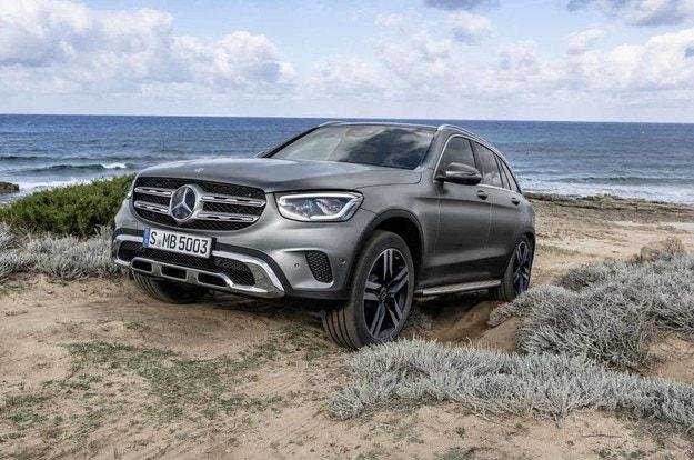 Mercedes-Benz представи обновения GLC