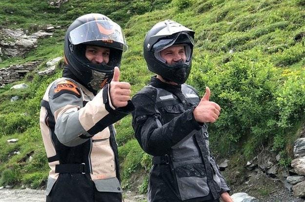 iXS представя мотоциклетна мода от Швейцария