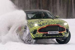 Тестват Aston Martin DBX из пътища на Швеция