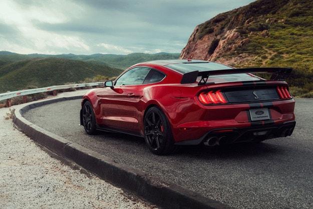 Ford Mustang Shelby GT500: 290 километра в час