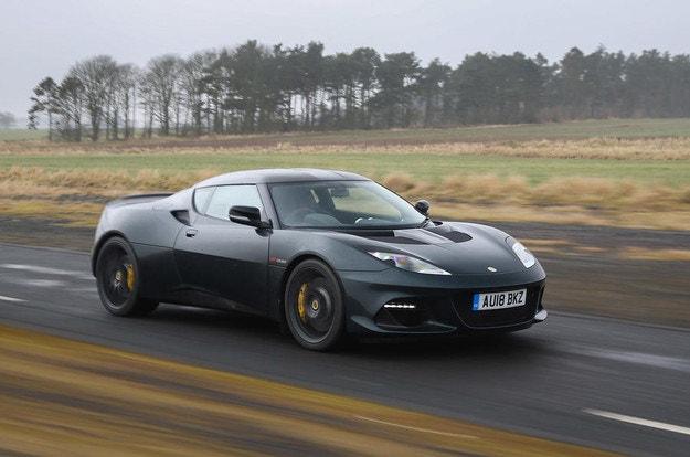 Lotus ще покаже нов спортен модел през 2020