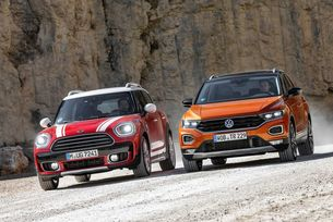 MINI Countryman срещу VW T-Roc: We will rock you