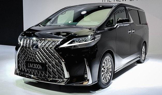 Lexus представи първия миниван в историята си