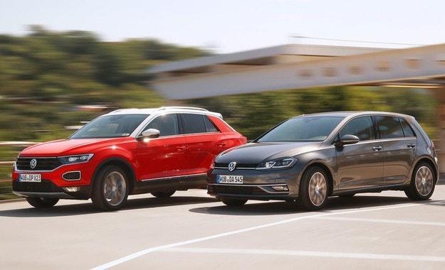 VW Golf или T-Roc: Дали Golf ще бъде отсвирен?