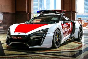 Дубайската полиция с арабски суперавтомобил