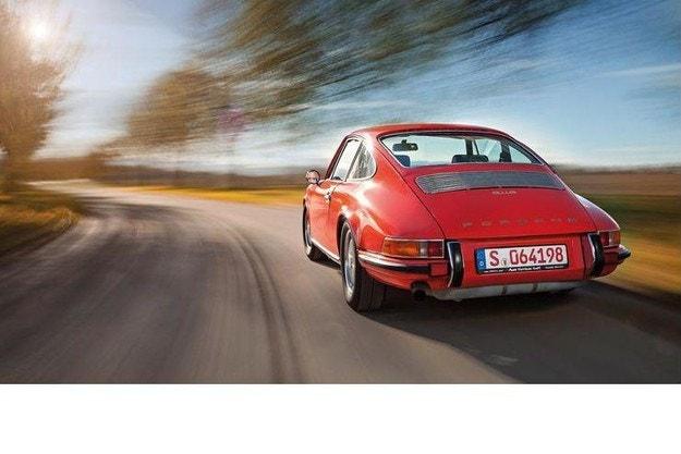 Porsche 911: Автомобилът, който те прави зависим