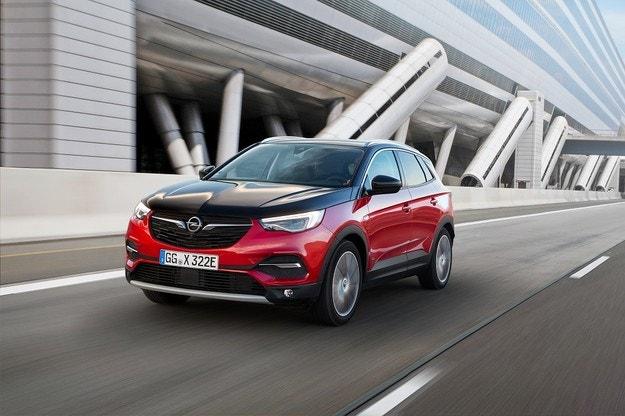 Opel Grandland X Plug-In хибрид с двойно предаване
