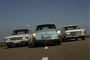 Ford 17 Opel Rekord, VW 1600: Герои от масовите сцени