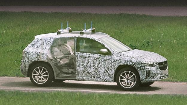 Mercedes-Benz GLA ще се появи догодина