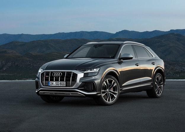 Audi представи спортния купе-кросоувър  SQ8